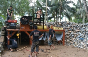 Jual Stone Crusher/ Mesin Pemecah Batu Koral Portabel