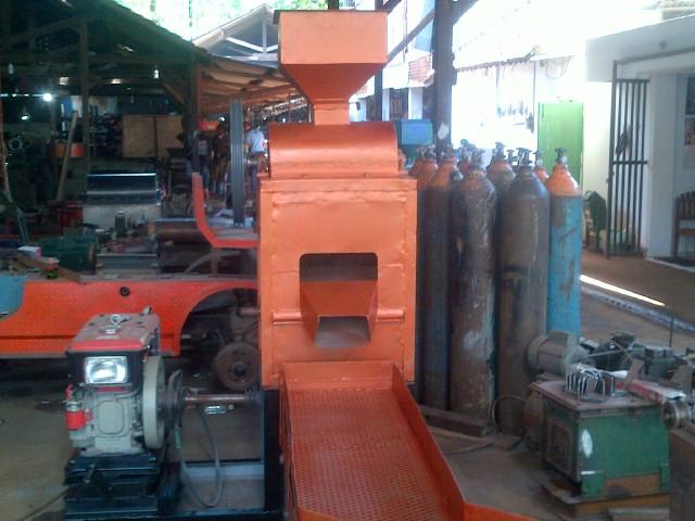 Mesin Pecah Kulit Kacang & Penggoreng Kacang Tanah